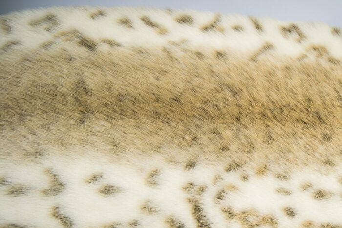 Faux fur by the metre Beige Color Imitation lynx Faux fur Fabric By The Metre – 1367 Beige