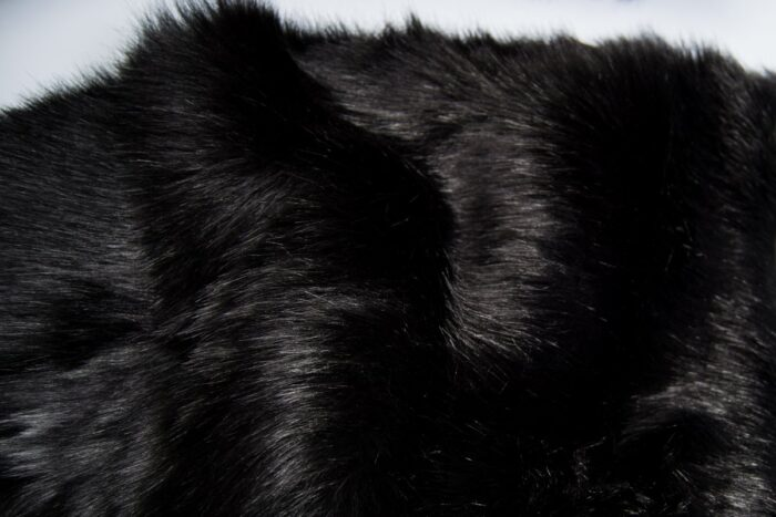 Faux fur by the metre Luxury Siberian long pile faux fur by the meter in black colour – 1539 Black
