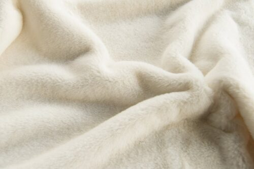 Faux fur by the metre Super soft cream faux fur fabric by the metre for lining – 2R338 Cream