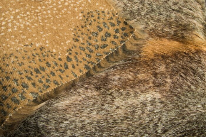 Faux fur by the metre Luxury beige wolf faux fur fabric by the meter – 3002 Beige Wolf
