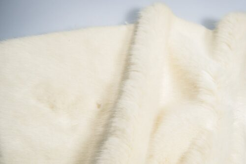 Faux fur by the metre Luxury faux mink fur fabric, super soft, cream – Saluki 3025 Cream