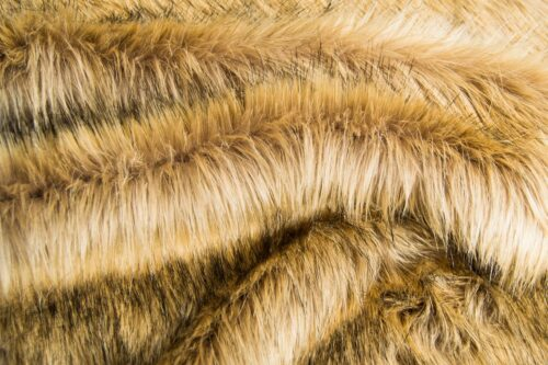 Faux fur by the metre Luxurious long haired beige brown fox imitation faux fur fabric by the meter – 7552 Alsation