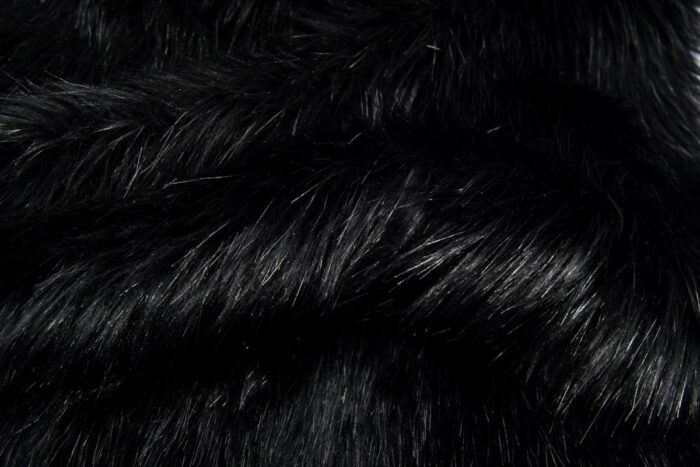 Faux fur by the metre Luxurious long haired black fox imitation faux fur fabric by the meter – 7552 Black