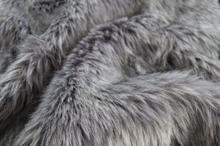 Faux fur by the metre Luxurious long haired dark grey fox imitation faux fur fabric by the meter – 7552 Grey Stone