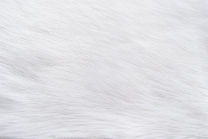 Faux fur by the metre Luxurious long haired super white fox imitation faux fur fabric by the meter – 7552 S. White