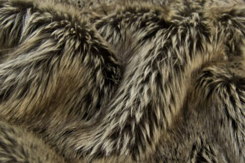 Faux fur by the metre Luxurious long haired stone silver fox imitation faux fur fabric by the meter – 7552 Stone Silver