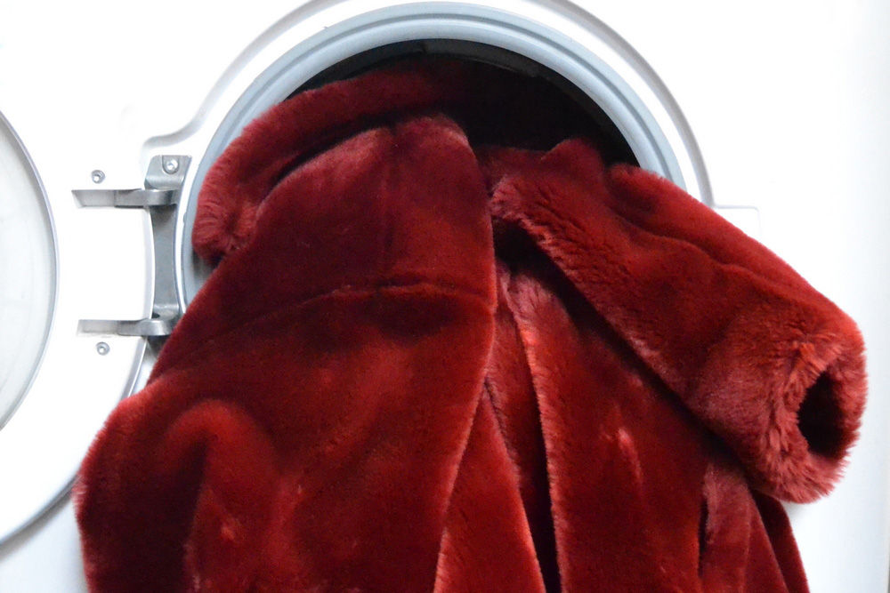How To Wash Your Faux Fur At Home, How To Wash A Fur Coat In Washing Machine