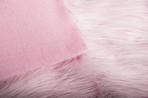 Faux fur by the metre Light pink faux fur fabric by the metre, long haired in a yeti style – 1568 Lt.Pink/White