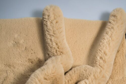 Faux fur by the metre Super soft beige rabbit style faux fur fabric – 2R333 Beige