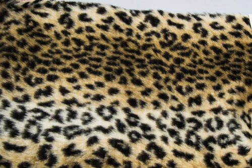 Budget faux fur Leopard faux fur fabric by the meter for disguise, costumes, cosplay – R2/60/3 FG 454/1 Baby leopard 126/1