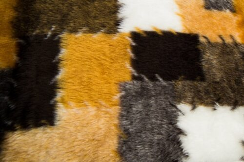 Faux fur by the metre Patchwork faux fur fabric by the meter for disguise, costumes, cosplay – R2/60/3 546/7 Patch