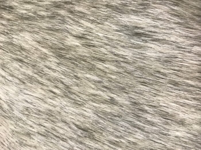 Budget faux fur White Grey Faux fur Fabric by the meter super value for money –  YF 286/1 White/Grey