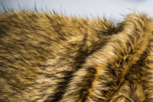 Faux fur by the metre Luxurious long haired beige and brown color fox imitation faux fur fabric by the meter – 1452 Beige Brown
