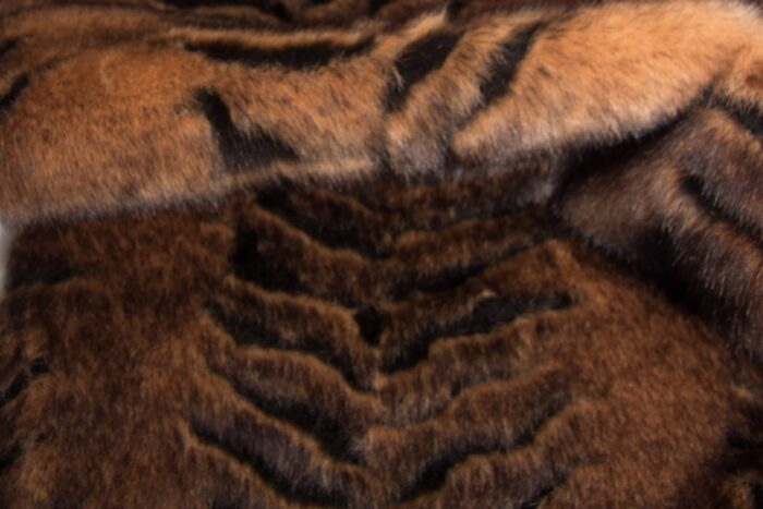 Faux fur by the metre Beige/Brown Textured Super Soft Faux Fur Fabric By The Metre – 1427 Beige/Brown