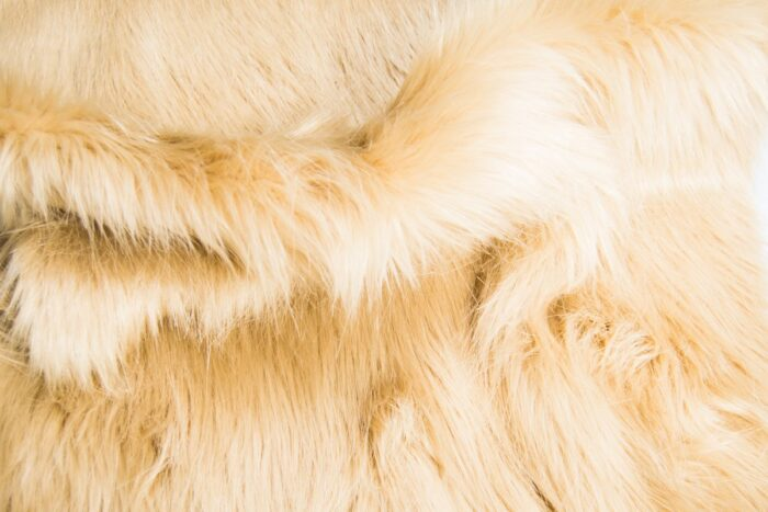 Faux fur by the metre Luxurious long haired beige fox imitation faux fur fabric by the meter – 7552 Special Beige