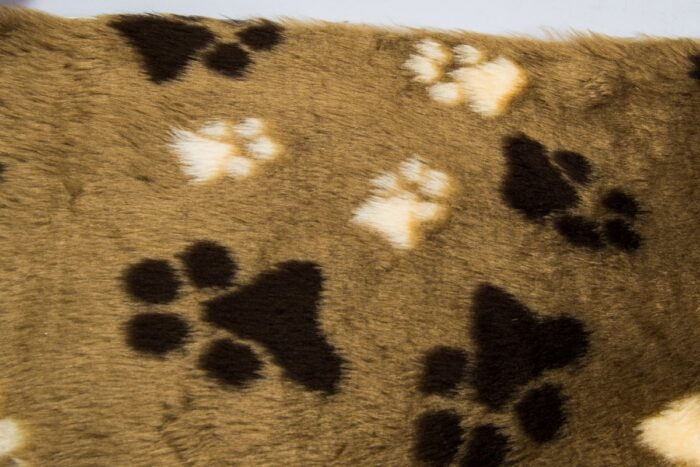 Faux fur by the metre Affordable paws pattern soft faux fur by the meter for pet cushions – R2/60/3 FG1293/1