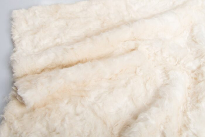 Faux fur by the metre Super soft ivory pleated faux fur fabric – 1164 ivory