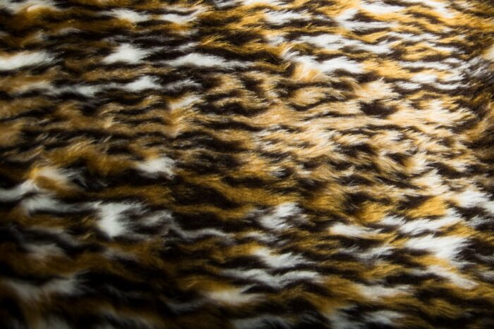 Budget faux fur Ocelot faux fur fabric by the meter for disguise, costumes, cosplay – R2/60 313/1 Ocelot