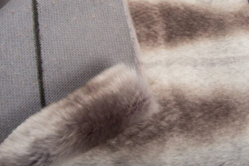 Faux fur by the metre Grey Chinchilla Faux Fur Fabric By The Metre – 6019 Grey