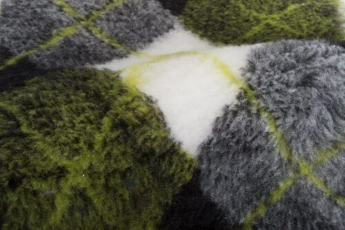 Faux fur by the metre Green faux fur fabric by the metre for cats and dogs beddings – YF 317 1494/5
