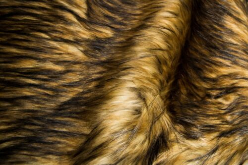 Faux fur by the metre Brown Racoon Faux fur fabric by the metre – 1600 Grey/Beige Raccoon
