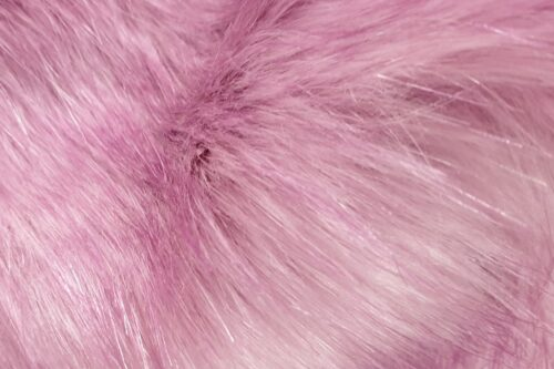 Faux fur by the metre Luxurious long haired pale lilac fox imitation faux fur fabric by the meter – 7552 Pale Lilac
